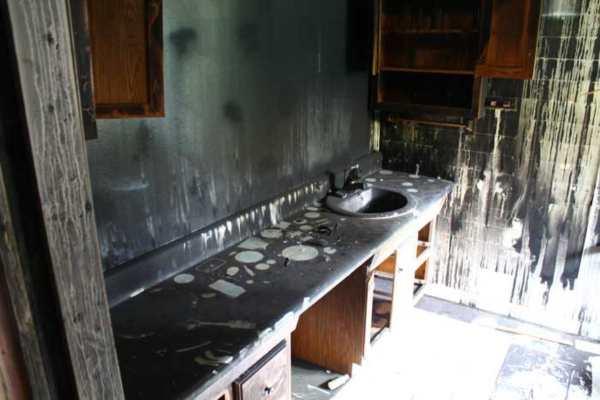 Smoke damage cleanup, smoke damage cleaning, smoke damage cleaning and deodorization, smoke deodorization, soot cleaning, types of smoke damage